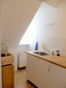 Blick auf die Dachschräge der Küche