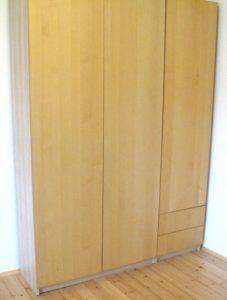 2 birkenfarbene Schränke, 100 und 50cm breit.