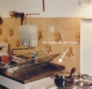 Blick auf die beschriebene 70er Jahre-Baumarktspüle