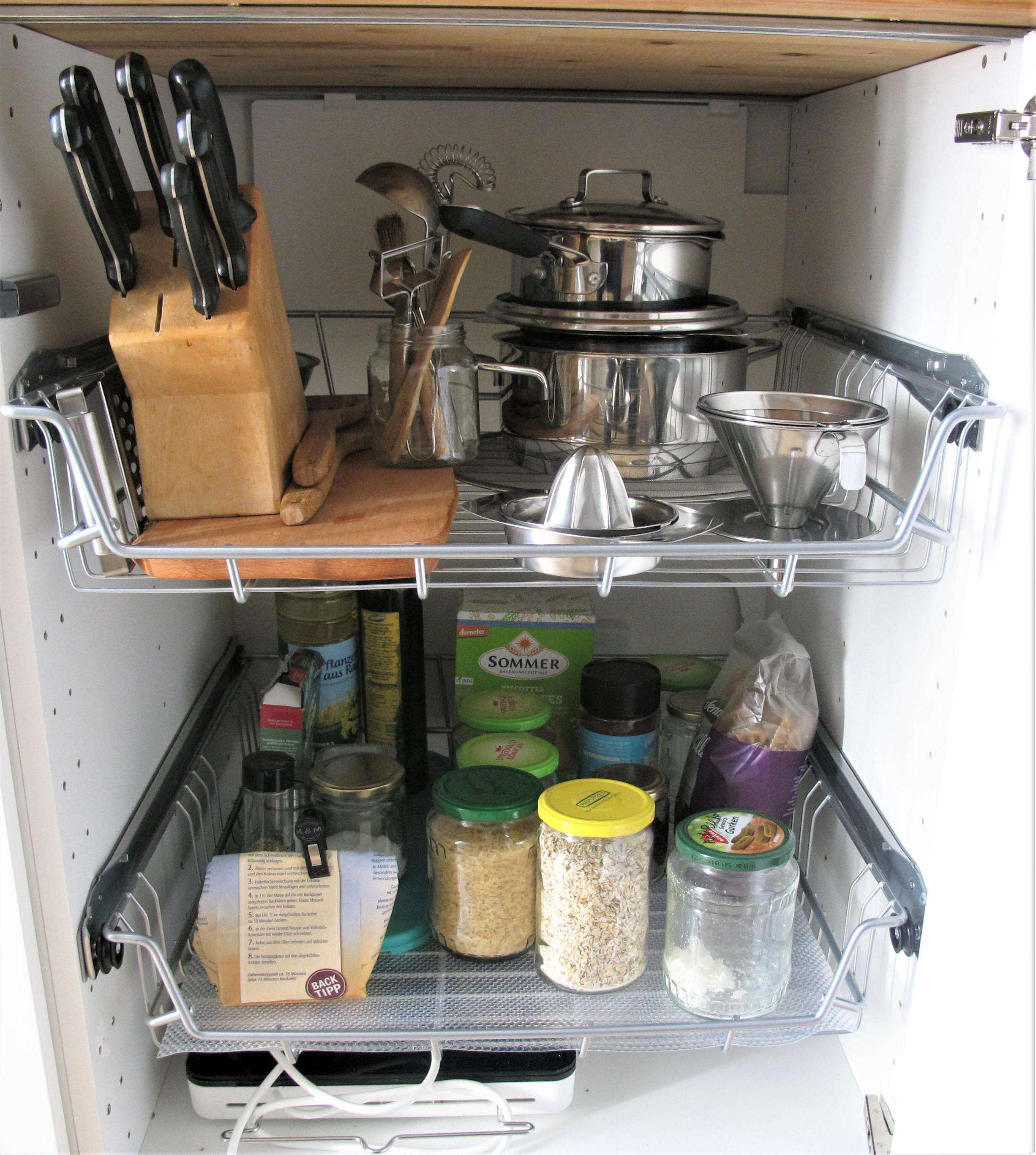 Minimalismus Roomtour Küche - Küchenschränke - Achtsame Lebenskunst